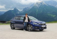 Portrait Peugeot 308 Marie Lizak