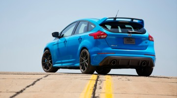 At the rear, the fascia panel of the all-new 2016 Focus RS is dominated by an exceptionally large diffuser that optimizes airflow from under the car.