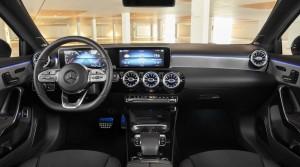 Mercedes Classe A berline 2018 intérieur écran MBUX