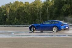 Ferrari GTC4 Lusso T Mortefontaine dynamique arrière drift