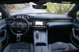 Peugeot 508 GT 2018 icockpit volant écran intérieur boîte automatique