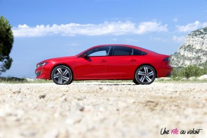Peugeot 508 GT 2018 profil jante rouge Ultimate statique