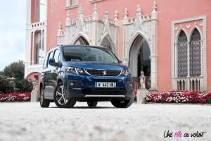 Peugeot Rifter 2018 Allure face avant statique bleu jantes boîte manuelle