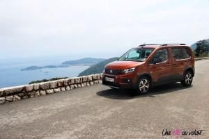 Peugeot Rifter 2018 GT Line avant statique Metallic copper