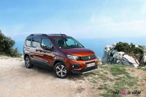 Peugeot Rifter 2018 GT Line metallic copper marron statique boîte manuelle