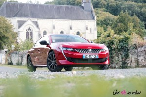 Essai Peugeot 508 GT Line rouge ultimate avant statique