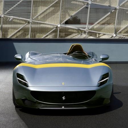 Ferrari Monza SP1 avant calandre feux
