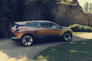 BMW Vision iNEXT Concept arrière jantes feux électrique