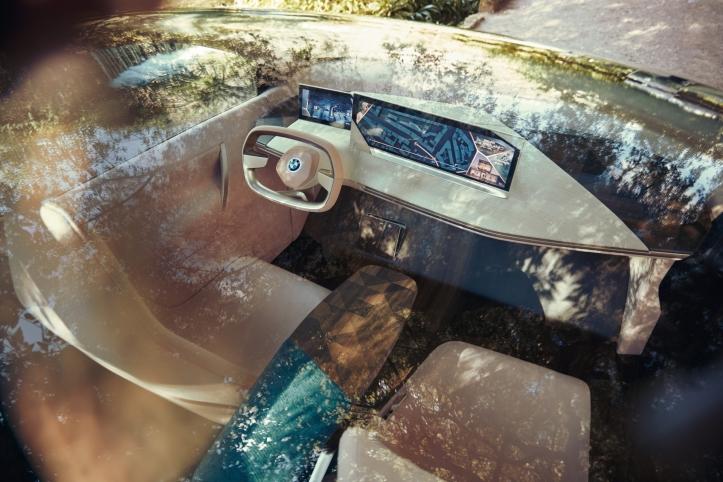 BMW Vision iNEXT Concept intérieur écran