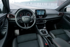 Hyundai i30 N Fastback intérieur sport écran volant