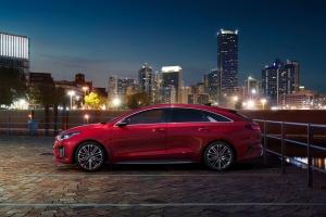 Kia ProCeed GT profil jantes rouge