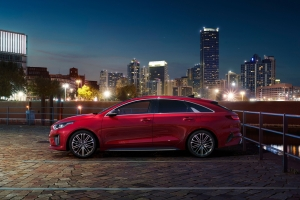 Kia ProCeed GT profil jantes rouge