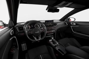 Kia ProCeed intérieur volant écran