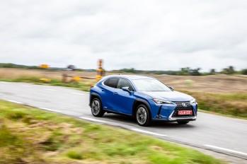 Essai Lexus UX 2018 dynamique avant feux