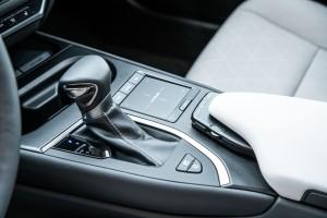 Essai Lexus UX console centrale intérieur boîte de vitesse