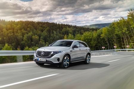 Mercedes EQC 2018 profil avant dynamique
