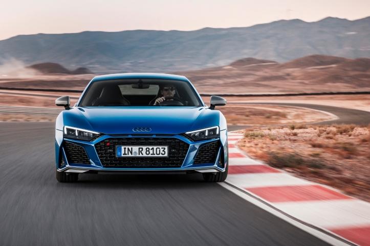 Audi R8 2018 avant calandre feux