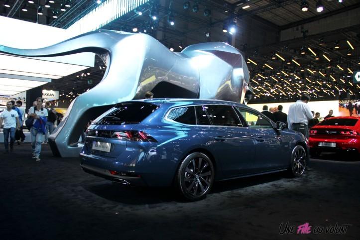 Peugeot 508 SW Mondial auto Paris 2018 arrière lion