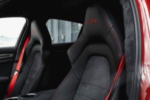 Porsche Panamera GTS 2018 sièges logo