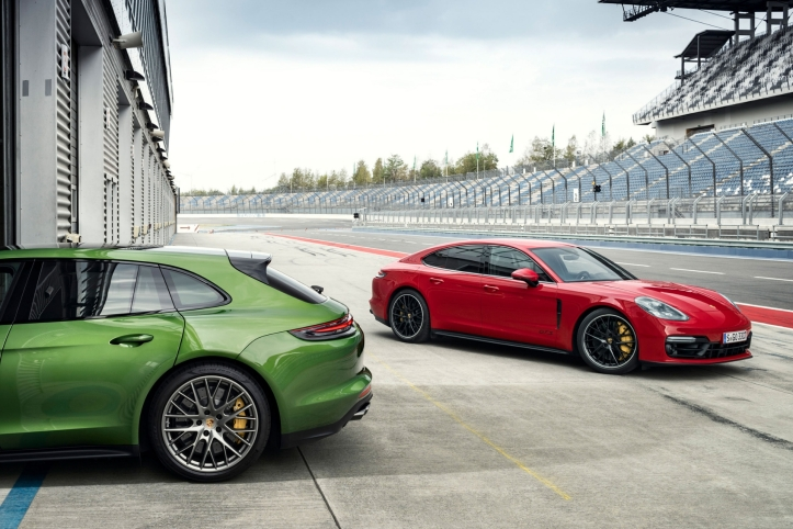 Porsche Panamera GTS 2018 circuit V8 sportive