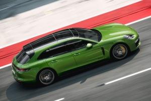 Porsche Panamera Sport Turismo GTS 2018 profil jantes vert V8