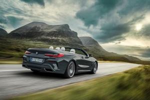 BMW Série 8 cabriolet arrière feux dynamique