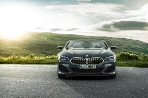 BMW Série 8 cabriolet 2018 avant statique calandre bouclier feux
