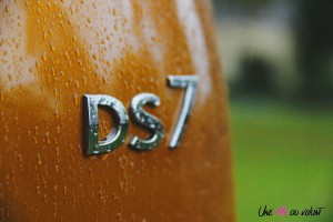 DS 7 Crossback 2018 logo arrière coffre