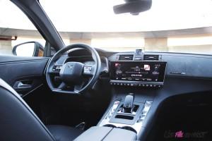DS 7 Crossback 2018 intérieur écran tactile volant sièges boîte ETA8