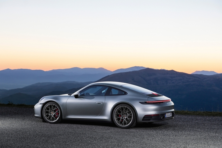 Porsche 911 type 992, profil, jantes, sportive