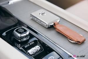 Volvo V60 console centrale bouton démarrage détail intérieur