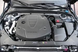 Volvo V60 moteur détail diesel