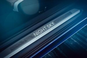 BMW M850i Night Sky seuil de porte