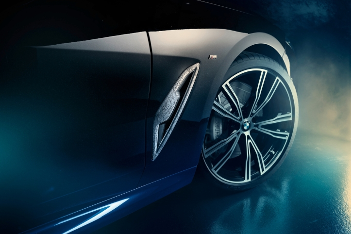 BMW M850i Night Sky jante détail