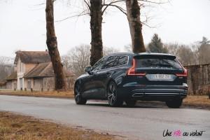 Volvo V60 feux arrière denim blue jantes
