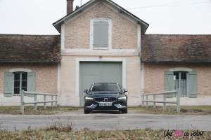 Volvo V60 2018 avant feux calandre statique