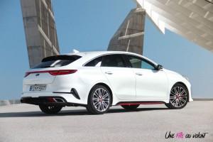 Kia Proceed GT arrière profil