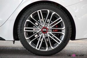 Kia Proceed GT jantes 18 pouces