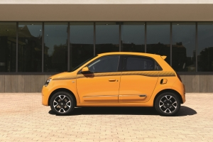Renault Twingo profil essence orange citadine