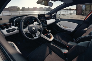 Renault Clio 5 intérieur volant écran