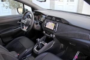 Nissan Micra N-Sport intérieur volant écran