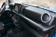 Suzuki Jimny planche de bord intérieur