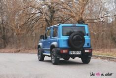 Suzuki Jimny dynamique arrière bleu jantes