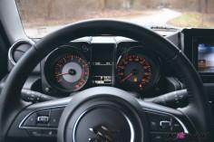 Suzuki Jimny combiné détail intérieur