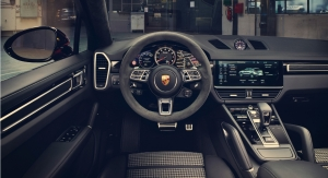 Porsche Cayenne Coupé intérieur volant combiné