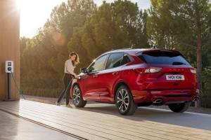 Ford Kuga 2019 arrière recharge jantes hybride