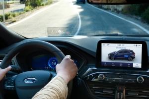 Ford Kuga 2019 intérieur écran combiné