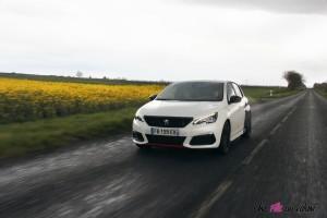 Peugeot 308 GTi dynamique 1,6 litre PureTech calandre sportive