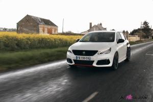 essai Peugeot 308 GTi dynamique sportive jantes puretech essence