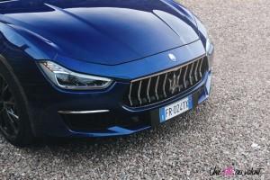 Maserati Ghibli 2019 capot calandre avant bleu V6
